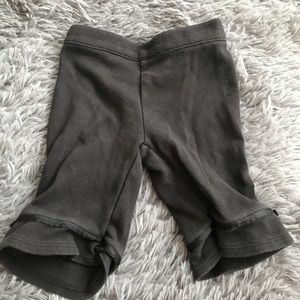 5/$25 GYMBOREE black leggings ribbon & bows